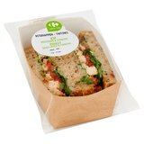 Carrefour Lunch Time Sandwich Poulet, Tomates & Sauce Pesto 240 g